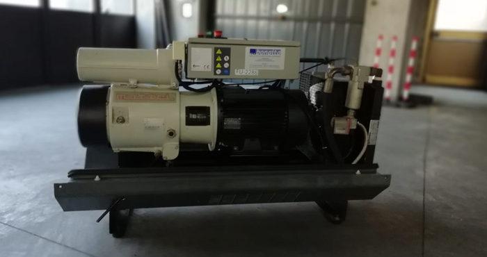 ompressore usato rotativo a palette Mattei modello ERC 1018 L e potenza 18.5 kW.